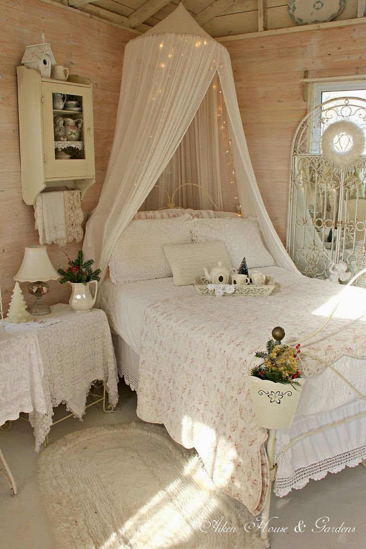 Romantic Homes Decorating: My Heritage Home: I Heart Shabby Chic Romantic Rooms