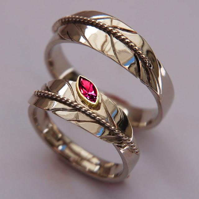 Waasa-agone Inde' wedding rings by Zhaawano Giizhik