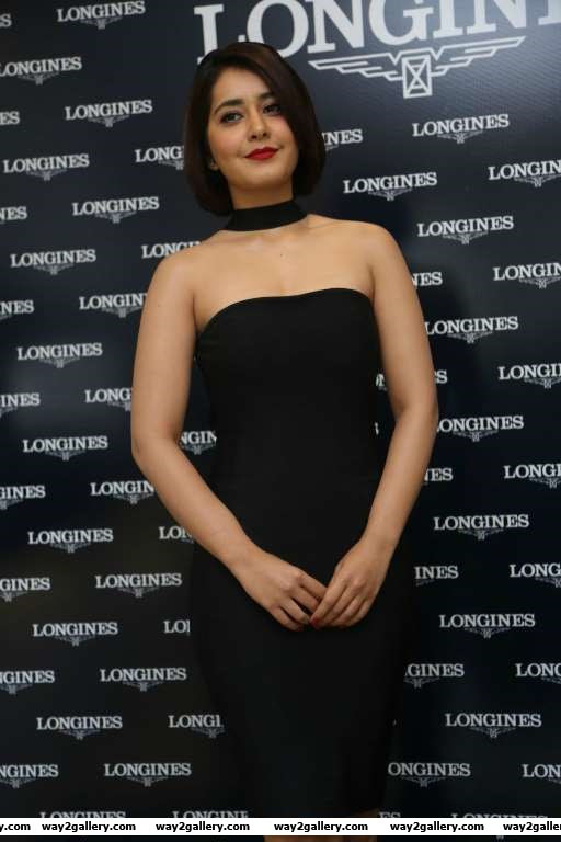 Raashi Khanna looked stunning at a Longines event