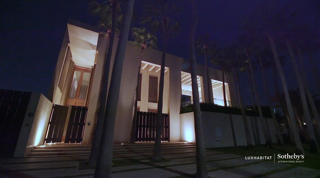 43 Interior Design Photos vs. Jumeirah Villa Umm Suqeim UAE Tour