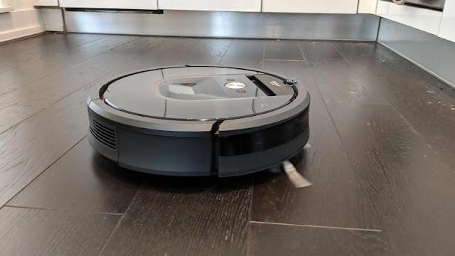 10. iRobot Roomba 980