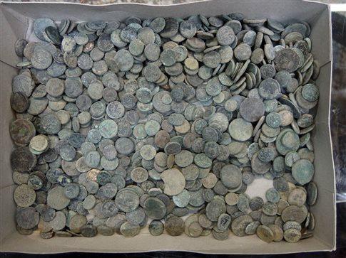 Κίνα: Θησαυρός νομισμάτων ανακαλύφθηκε στην πρωτεύουσα της πορσελάνης Τσινγκντετσέν