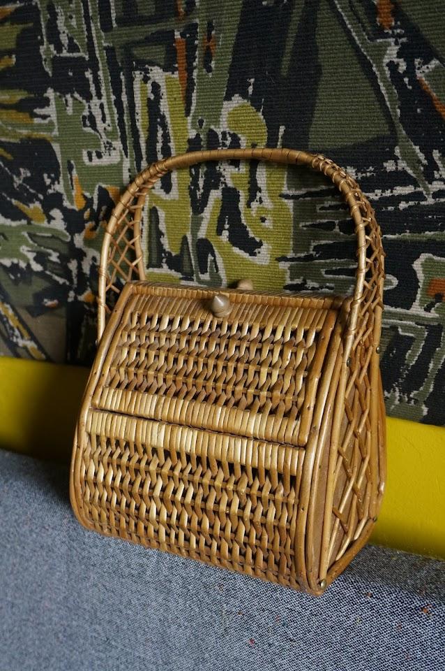 un sac en osier vlv  vintage mid century wicker bag