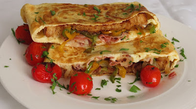 Perfect breakfast-Toast omelette- Bacon and vegetables