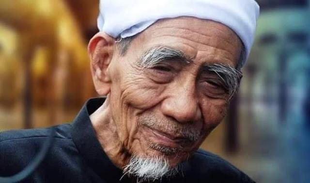 Al Mukarrom KH. Maimun Zubair Wafat, Berikut Profil Lengkapnya untuk Diteladani