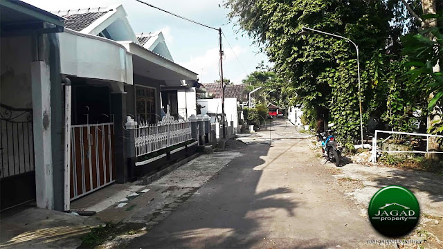 Rumah Luas dekat Kampus PPPPG Kesenian