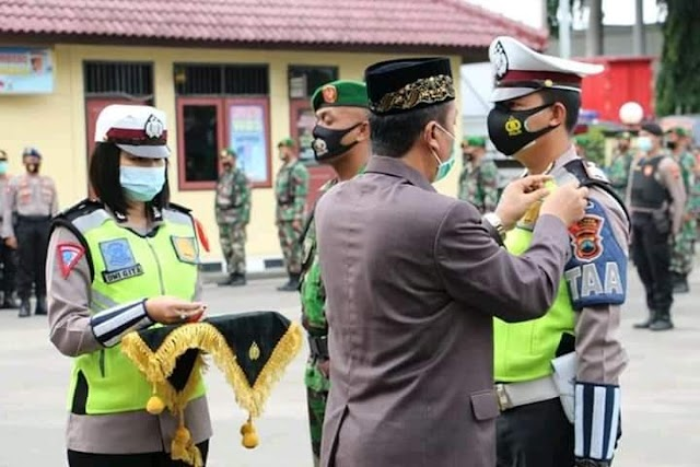 Menjelang Libur Nataru, Bupati Rembang Pimpin Apel Gelar Pasukan Lilin Candi Tahun 2020