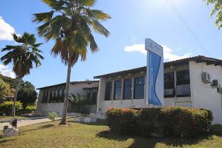 Laboratório estadual em Jequié