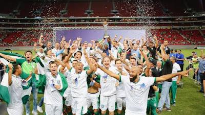 Gama conquistou o 12º título do Candangão (Foto: Anderson Papel/Artimidia Press)