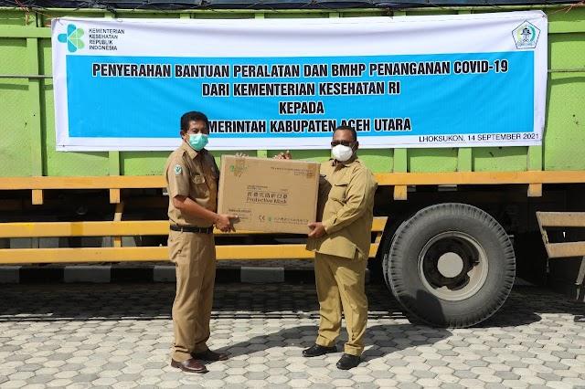 Wakil Bupati Aceh Utara Terima Bantuan BMHP Covid-19 dari Kemenkes RI
