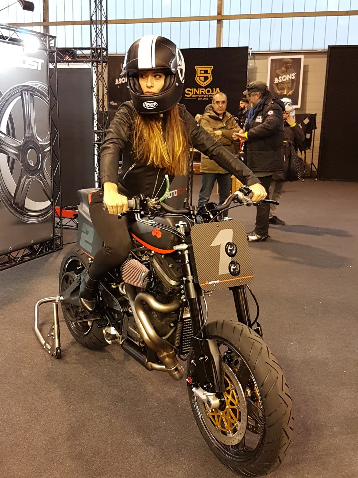 Expo Stand Economici : Duecilindri mbe feat bottpower bike