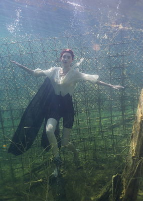 EstNTM Cycle 2 5th Episode : Underwater Beauties Chained
