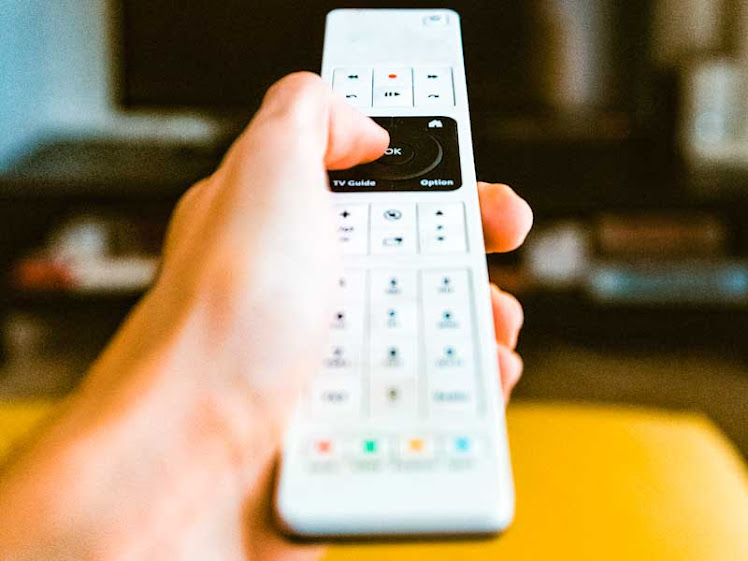 Cuidado com o controle da sua TV: ele pode estar te espionando