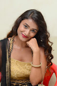 Kiran Chetwani sizzling Photos gallery-thumbnail-16