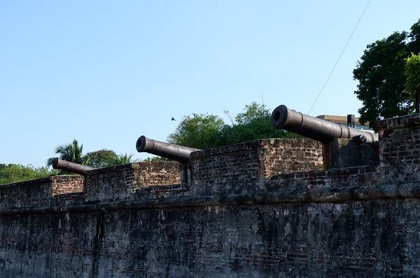 Rumah Api Fort Cornwallis