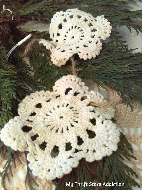 DIY vintage lace garland and no sew Christmas tree skirt tutorial