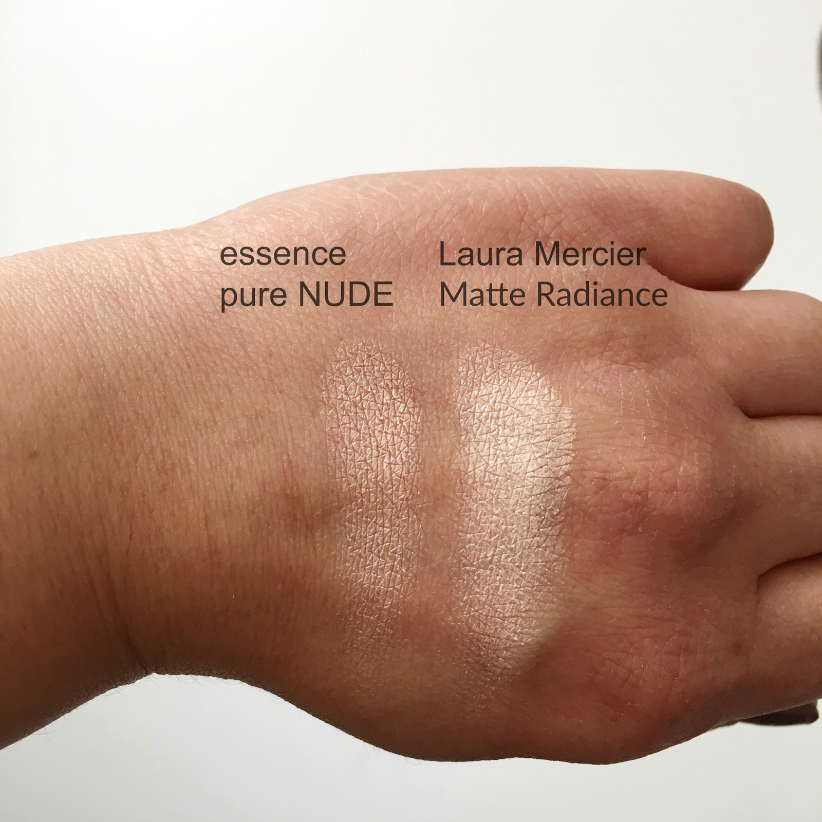 Pure Nude Highlighter by essence #13