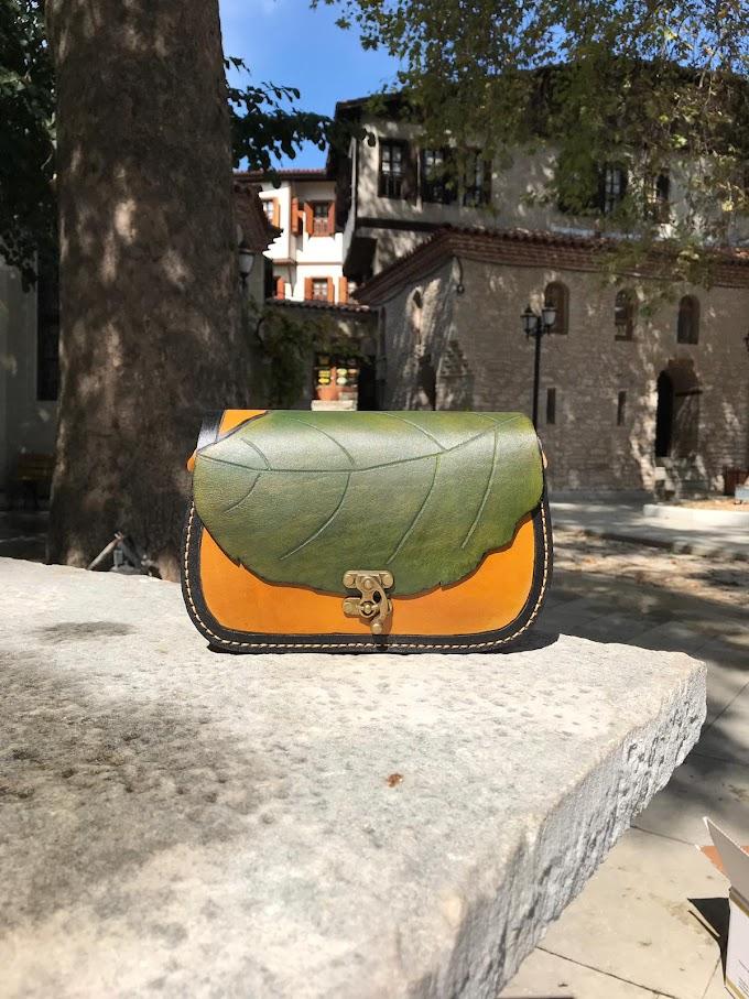 yaprak desenli küçük çanta