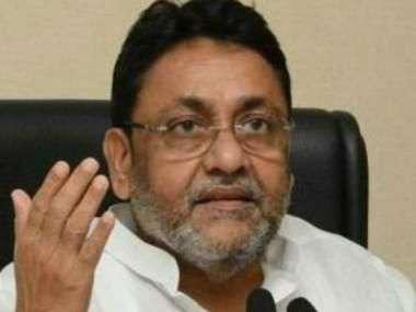 महाराष्ट्र सरकार का गठन LIVE अपडेट्स: नवाब मलिक का कहना है कि शिवसेना को भाजपा को छोड़ देना चाहिए
