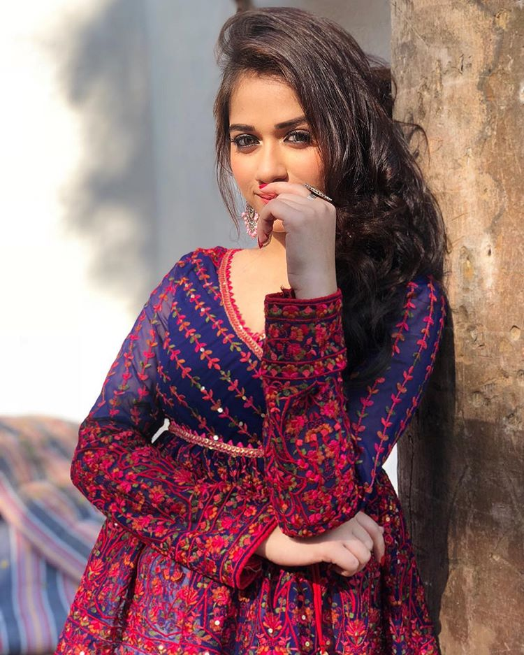 jannat zubair photo