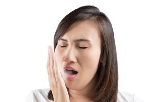 Cara Menghilangkan Bau Mulut dengan Cepat