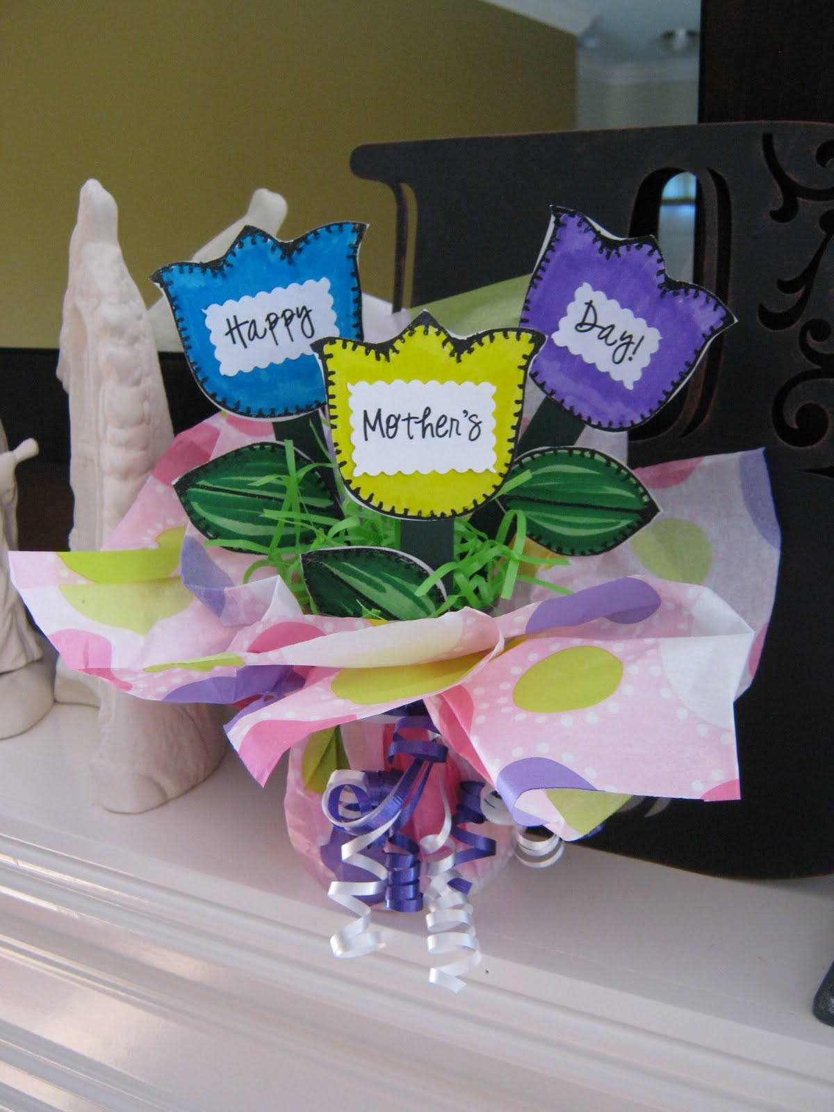 Ginger Snap Crafts Take A Look Easy Mother S Day Craft