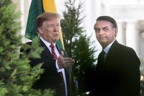 Trump az Egyesült Államok teljes támogatásáról biztosította Bolsonarót