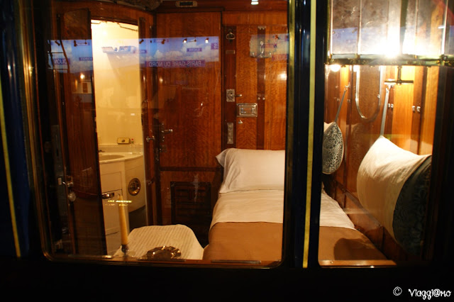 Interni di una carrozza letto esposta al Museo di Mulhouse
