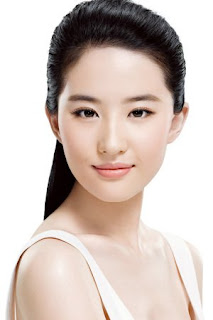 Disney Mulan Liu Yifei Cristal Liu chinese actress