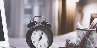 Posting Mundur: Tips Menuakan Umur Blog