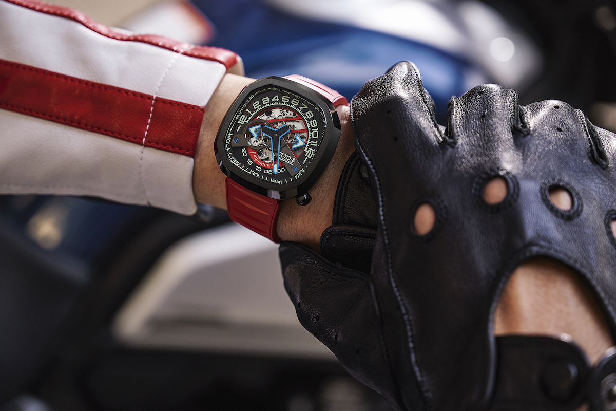 Motorsport inspired mechanical watch launched on Kickstarter
