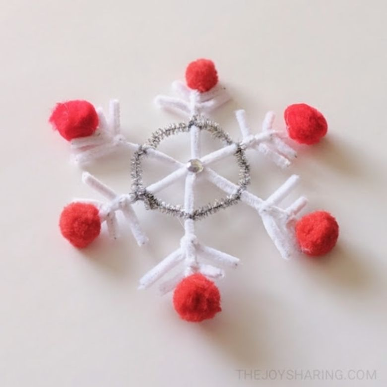 pipe cleaner snowflake craft for kids