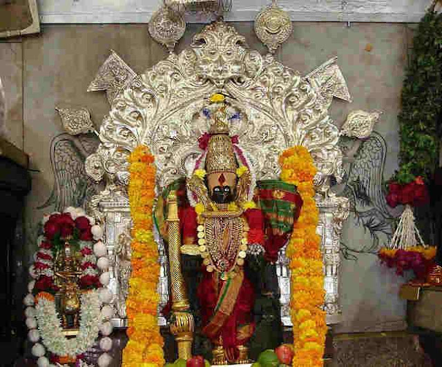 Shri Mahalakshmi Temple of Kolhapur is located on the banks of Panchganga River, about 233 km away from Pune.