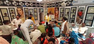 रामबली सेठ आभूषण भण्डार के प्रतिष्ठान पर ग्राहकों की भीड़ | #NayaSaberaNetwork