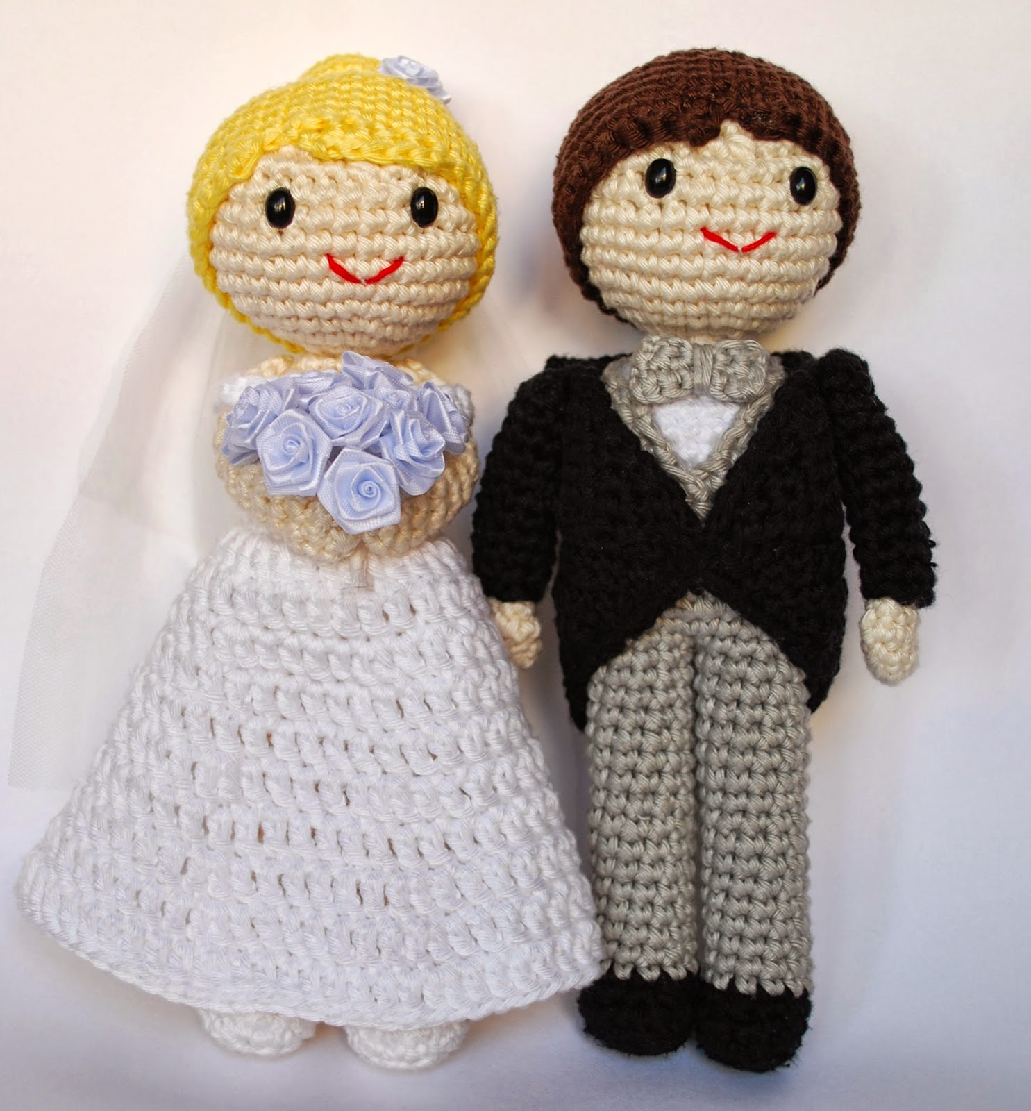 Crochet Bride And Groom Cake Topper