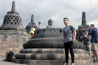 Candi Borobudur 8