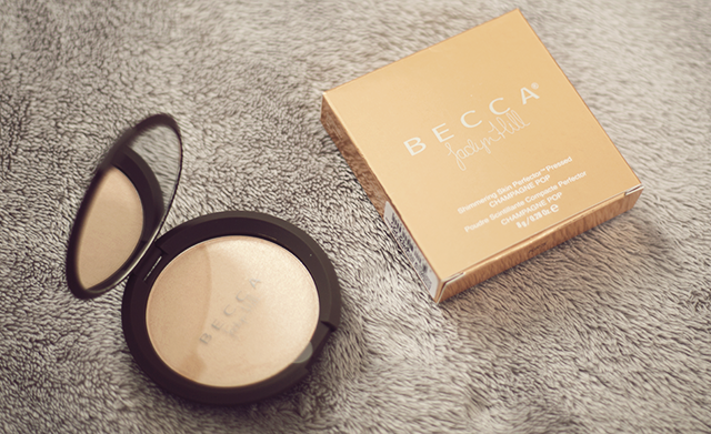 giveaway: becca jaclyn hill champagne pop highlighter
