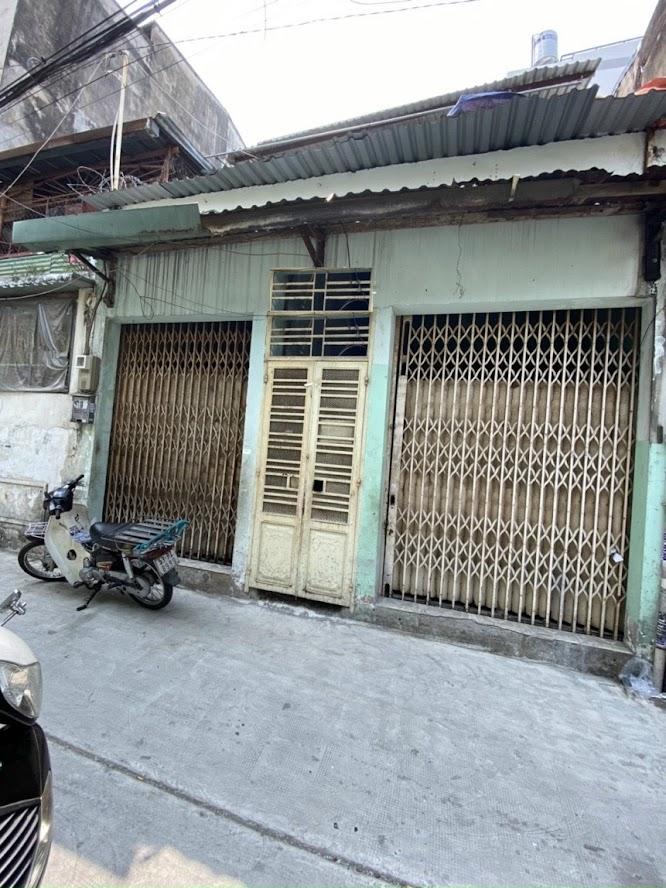 Nhà Lạc Long Quân, phường 11, Tân Bình cần bán gấp 7,9tỷ