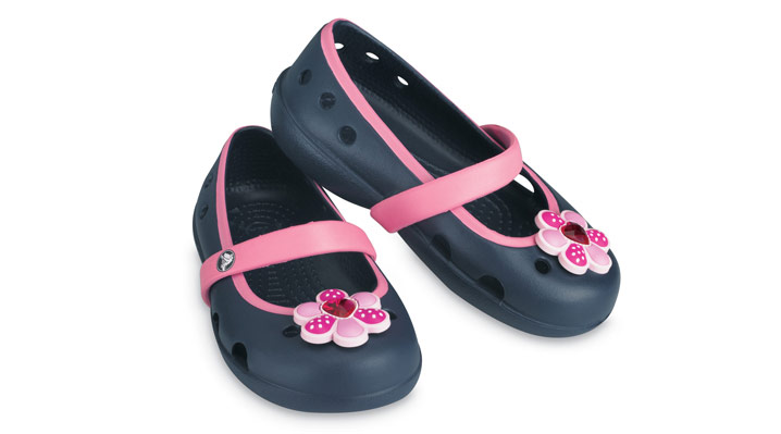 969e10ca6 These Keely Crocs for girls are just too cute and perfect for spring!
