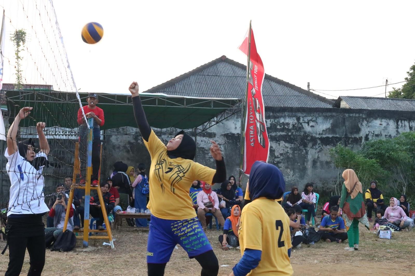 Momen Hari Ketiga Turnamen Bola Volly Ibu Ibu Se Kota Bengkulu