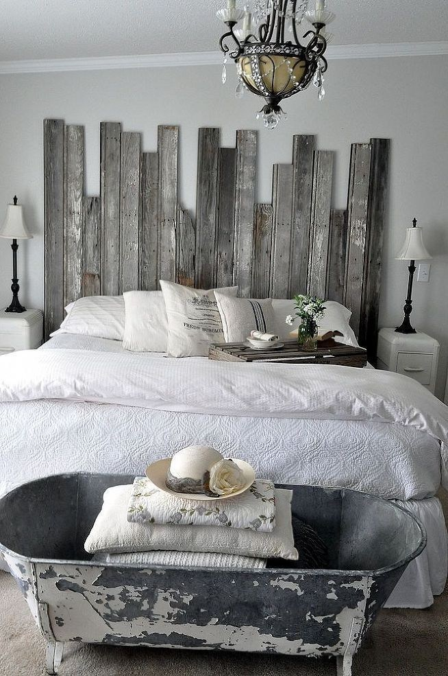 rustic // chippy // vertical headboard