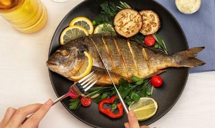 17 Arti Mimpi Makan Ikan Mentah Menurut Primbon Jawa Terlengkap