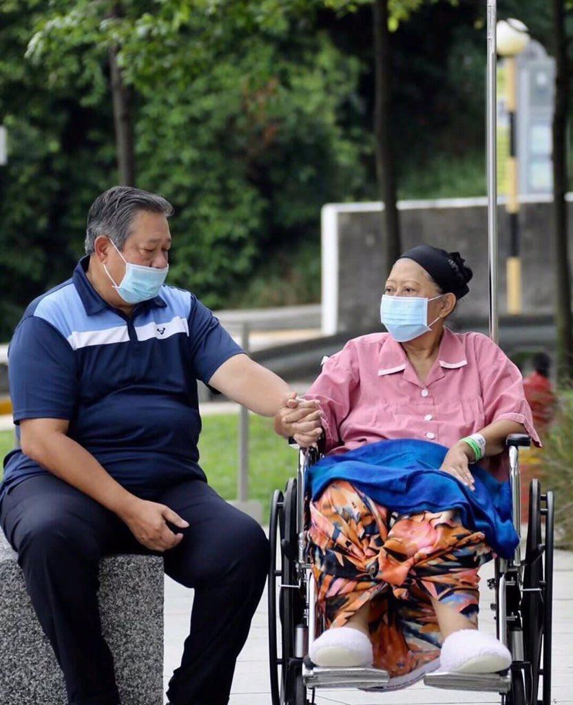 Innalillahi, Ani Yudhoyono Meninggal Dunia