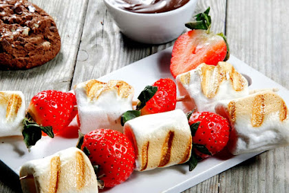 Resep Sate Stroberi Marshmallow