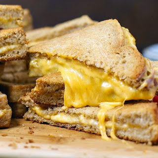 Grilled Cheese For A Crowd