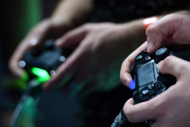 Sony-PlayStation-5-7-4