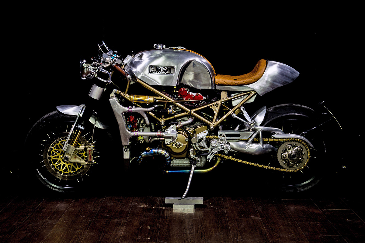 infinity - metalbike garage monster s4r ~ return of the cafe racers
