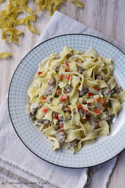 Experimente aus meiner Küche: Spitzkohl-Hackfleisch-Pasta