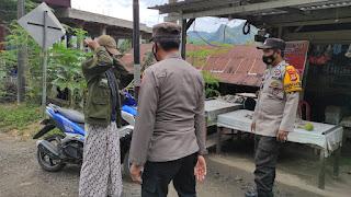 Kanit Sabhara Polsek Anggeraja Bersama Anggota Laksanakan Ptroli Dan Himbauan Kamtibmas Dan Protokol Kesehatan