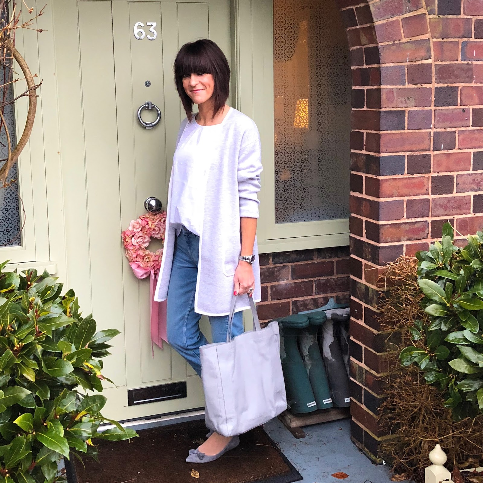 my midlife fashion, the white company brompton boyfriend jeans, the white company leather everyday tote, the white company wool cotton coatigan, the white company dobby gathered blouse, j crew tasseled flat shoes